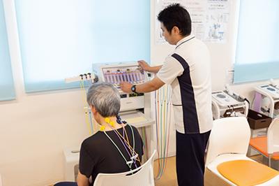低周波治療器(マックスカイネ)